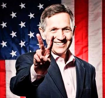 20140430we-dennis-kucinich-peace-sign-usa-american-flag-358x333